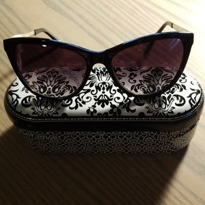 Brighton Accessories - NWT Brighton Whole Lotta Love Sunglasses